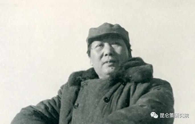 毛泽东五评白皮书,揭穿中美关系真相!