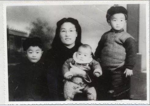 刘继兴:毛主席亲批毙了已沦为贪官的功臣却善待